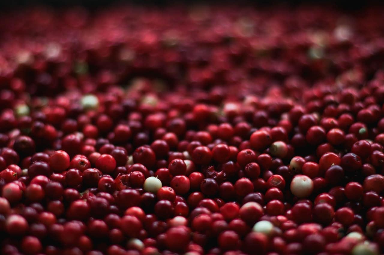 why do girls drink cranberry juice? | iupilon